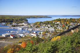 small-canadian-towns-replace-migrators-with-new-immigrants