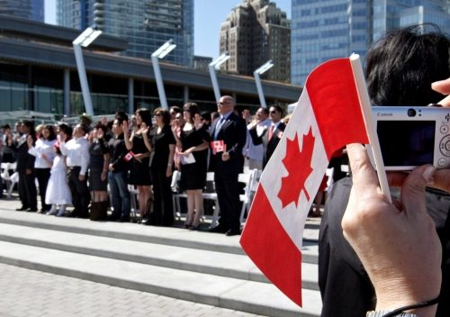 How Do I Enter the Canada Immigration Lottery?