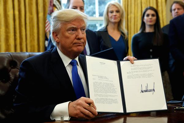 Donald Trump Signs Immigration